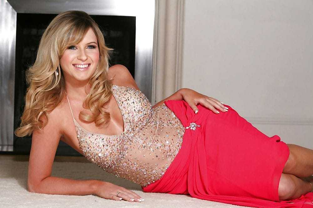 Brooke Kinsella hot pictures