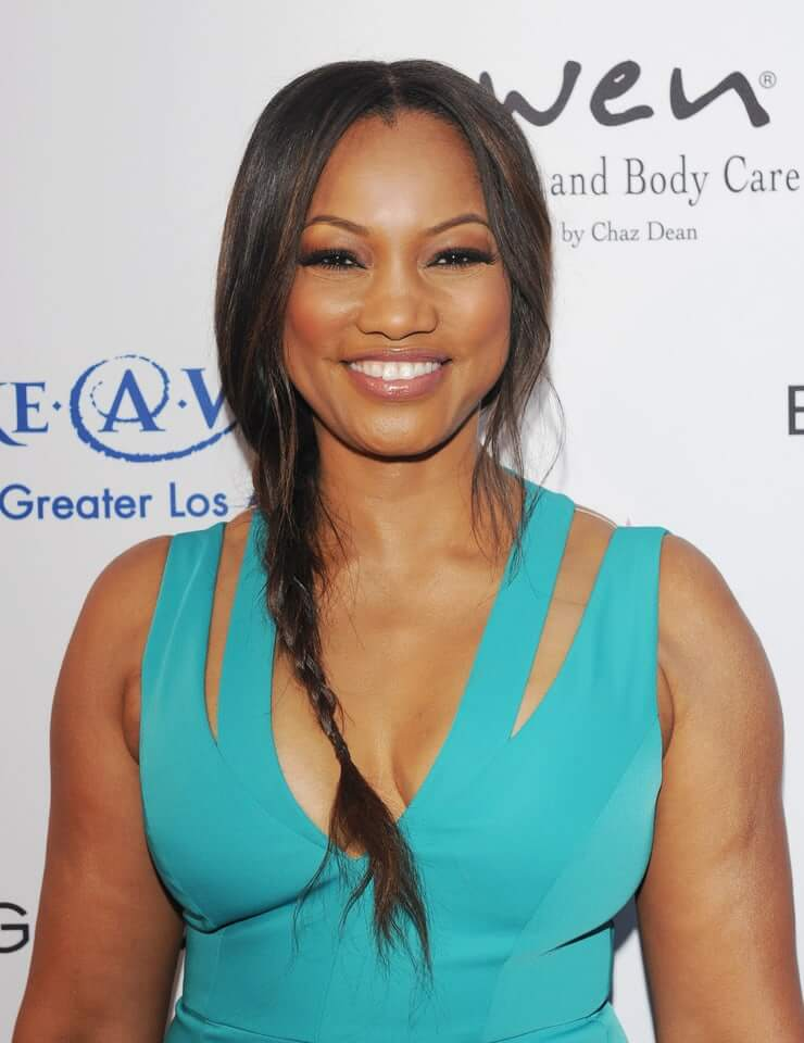 Garcelle Beauvais sexy busty (2)