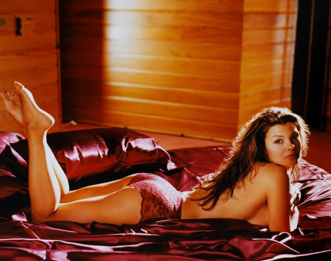 Ali Landry sexy pictures