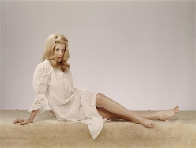 Catherine Deneuve hot legs