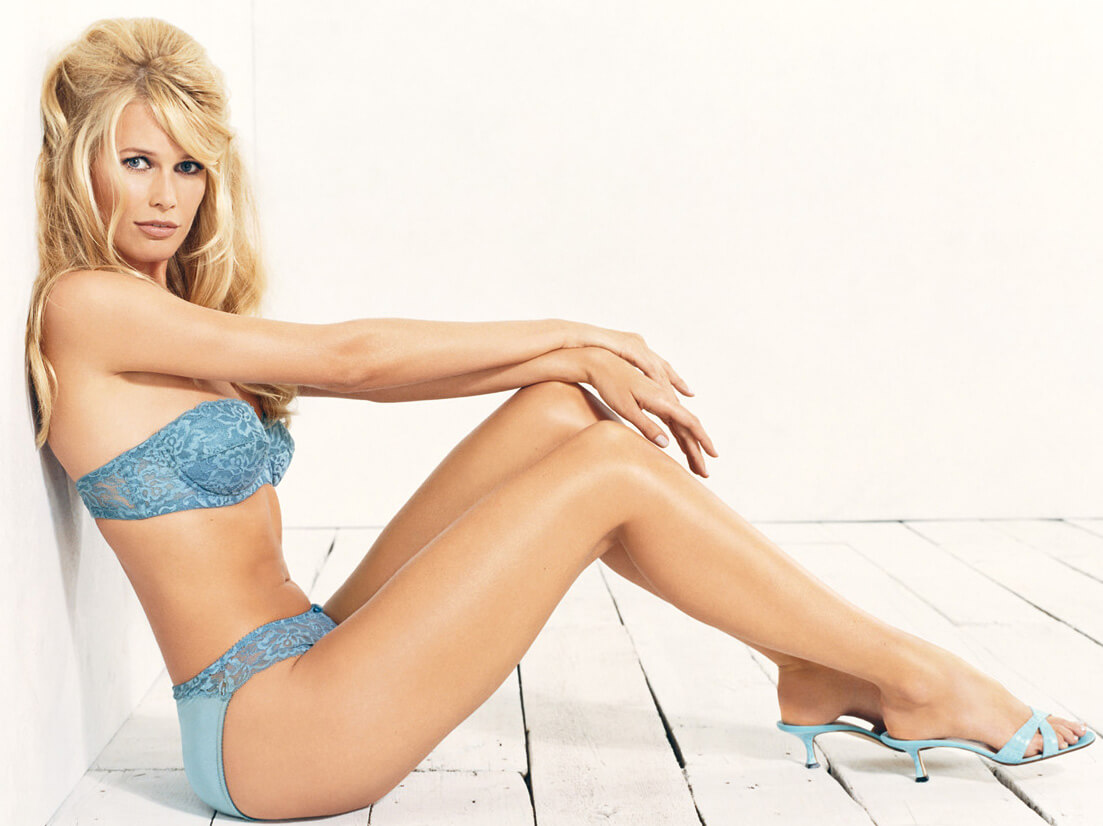 Claudia Schiffer awesome pics (3)