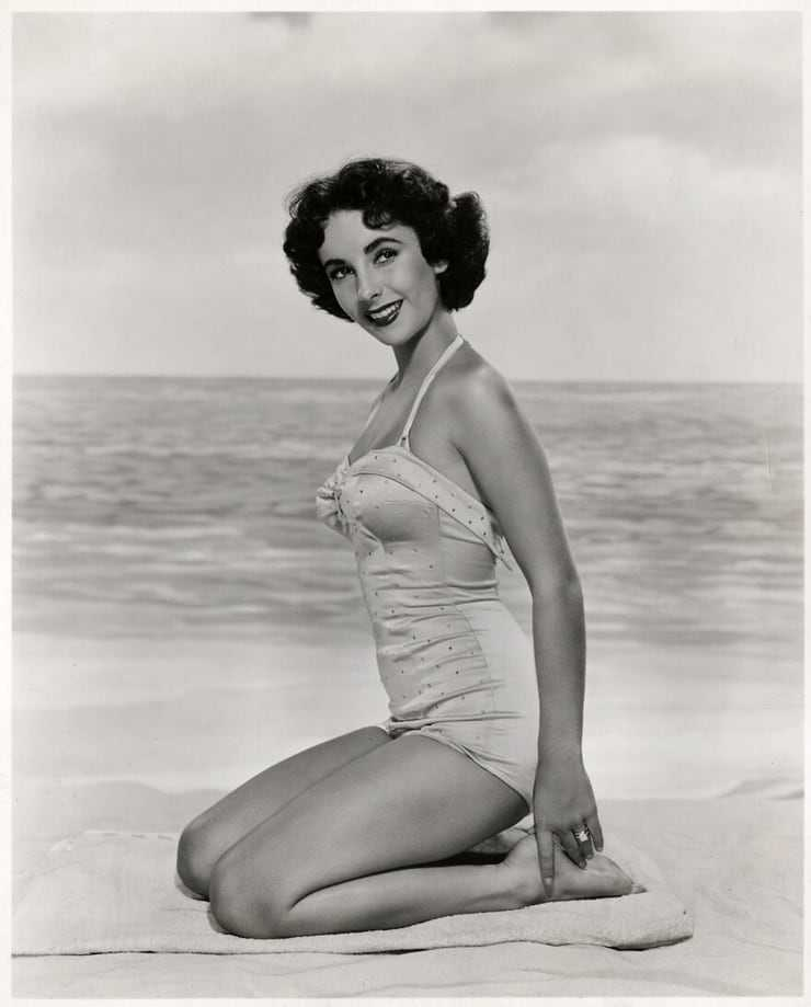 Elizabeth Taylor sexy side ass pictures