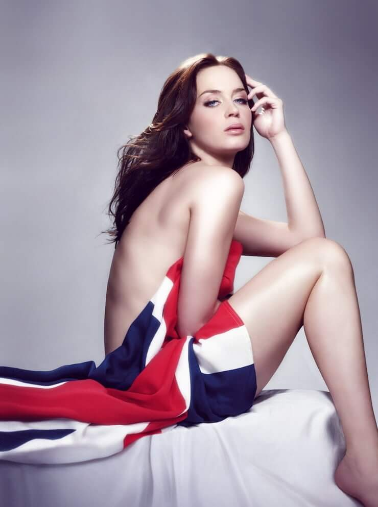 Emily Blunt nude pic