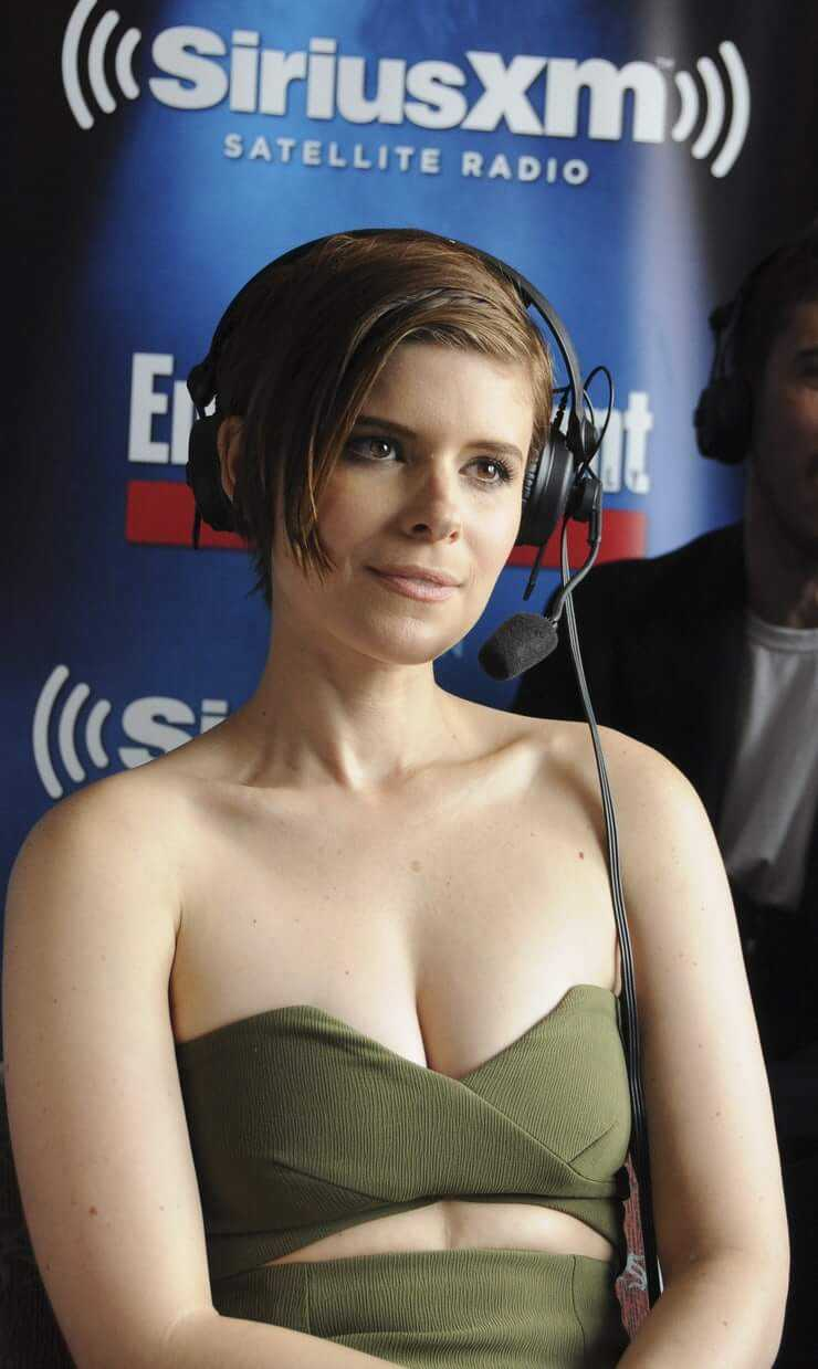 Kate Mara boobs pictures