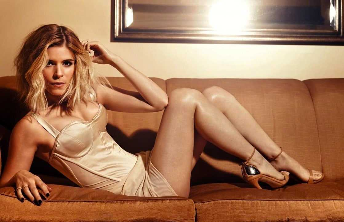 Kate Mara sexy busty pictures