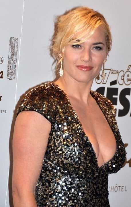 Kate Winslet cleavage pics