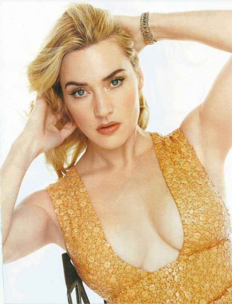 Kate Winslet hot cleavage pictures