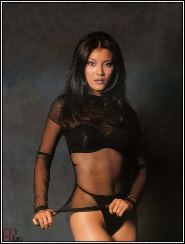 Kelly Hu hairs