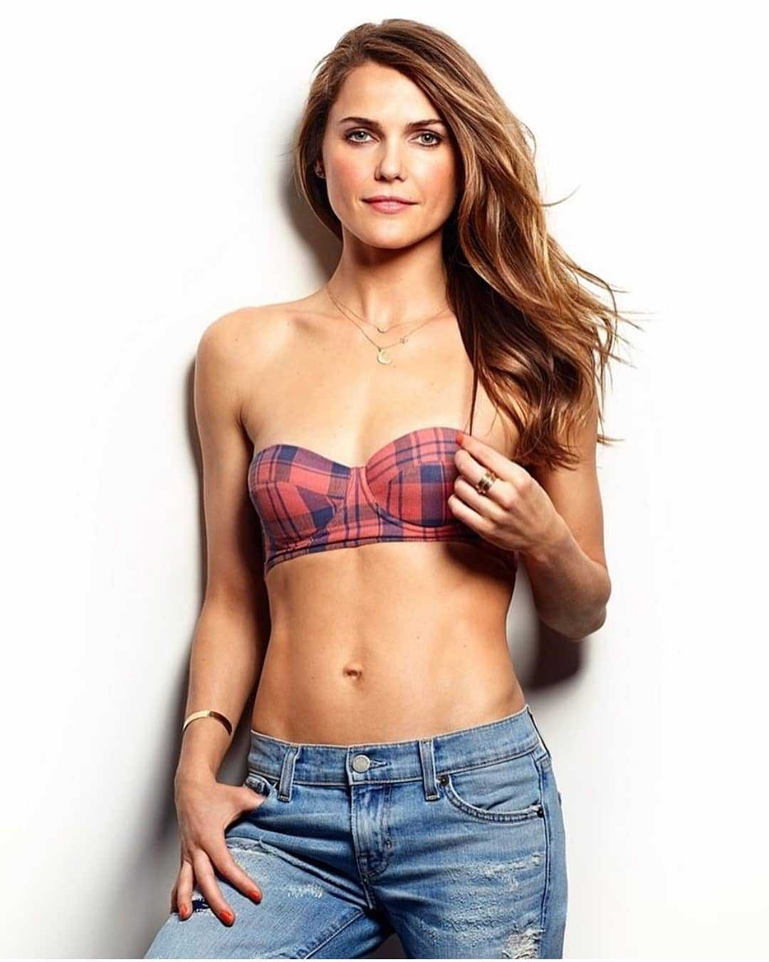 Keri Russell tits pictures