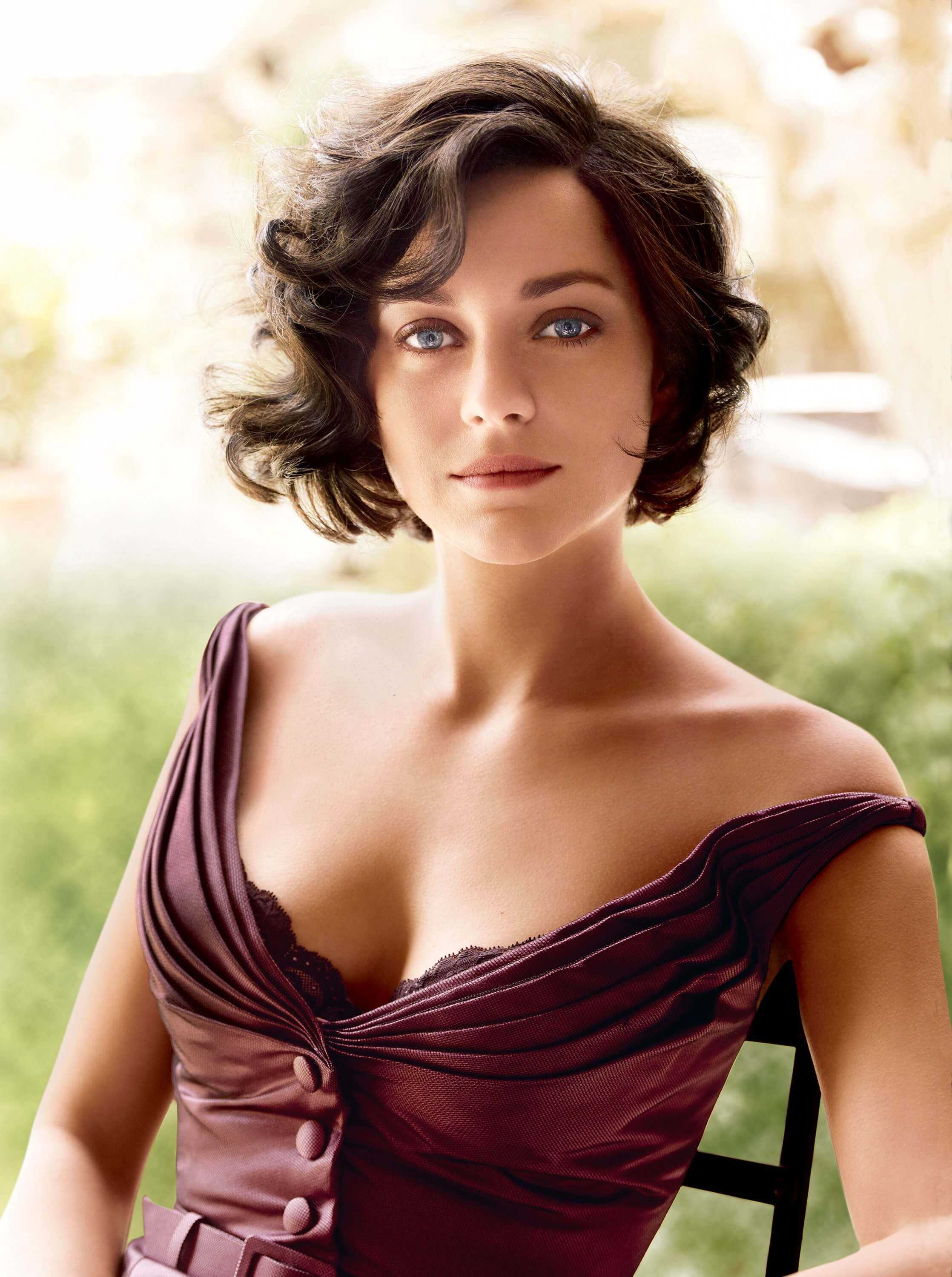 Marion Cotillard sexy pictures