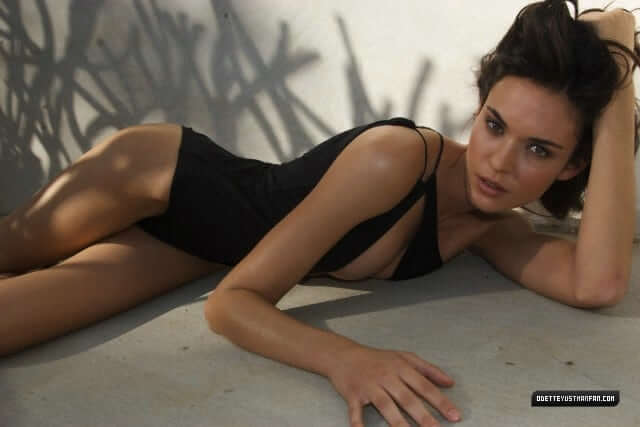 Odette Annable hot pics
