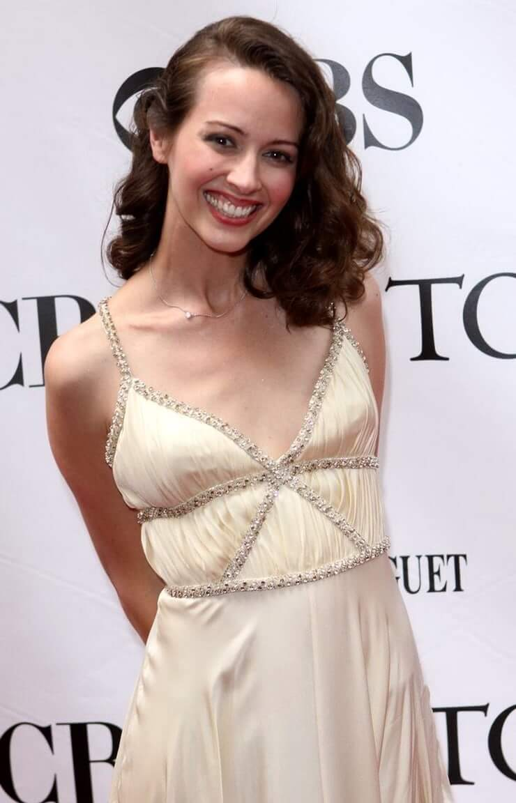 Amy Acker Tits 49 hottest amy acker bikini pictures define the true meaning