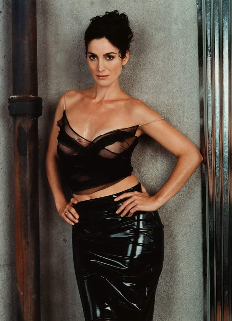 60+ Hottest Carrie-Anne Moss Boobs Pictures Will Make You Fall In Love Like Crazy