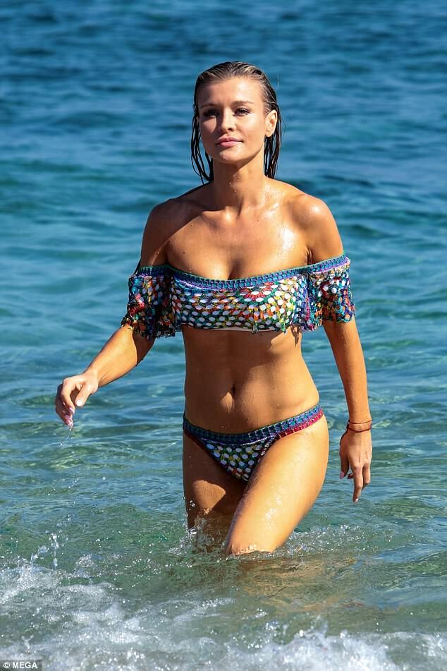 49 Hottest Joanna Krupa Bikini Pictures Will Inspire You To Get Rich And Achieve Her