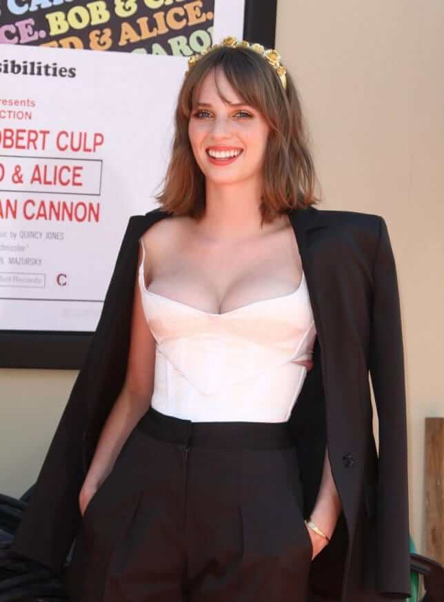 61 Hottest Maya Hawke Boobs Pictures Will Make You Hot Under You