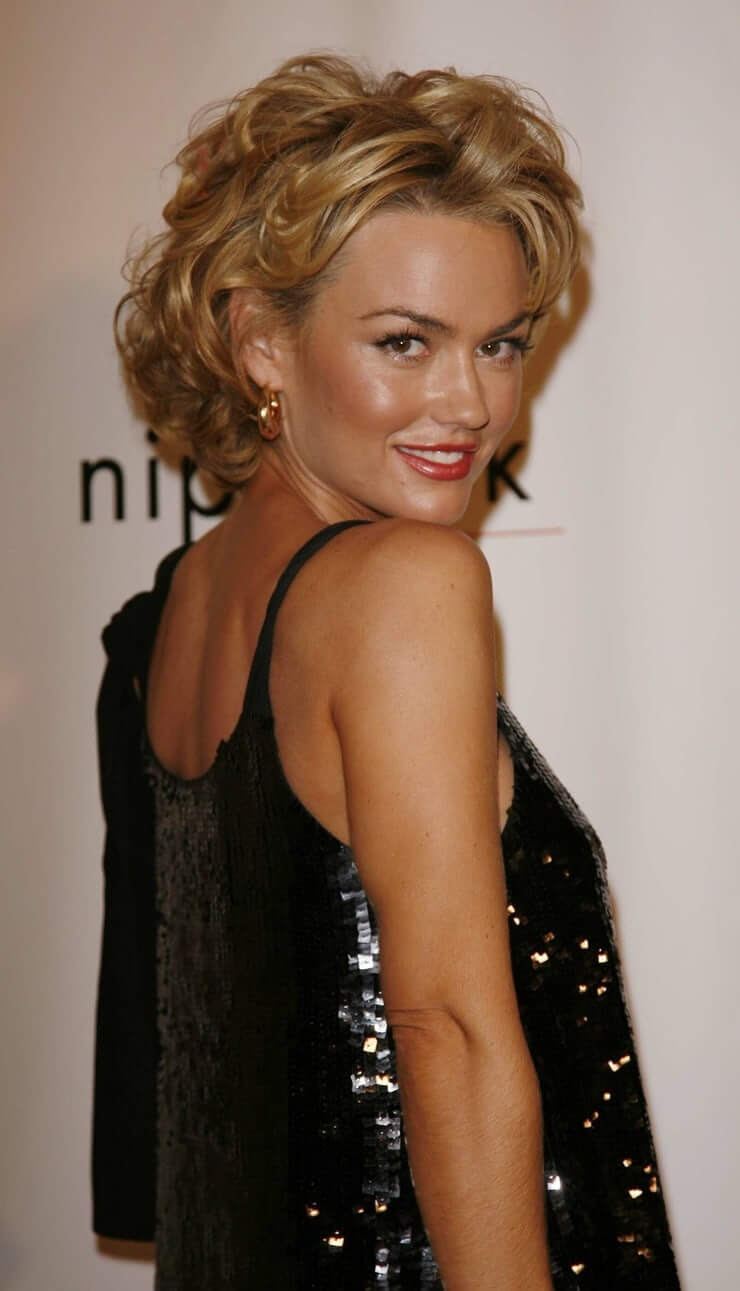 63 Kelly Carlson Sexy Pictures Will Literally Hypnotise