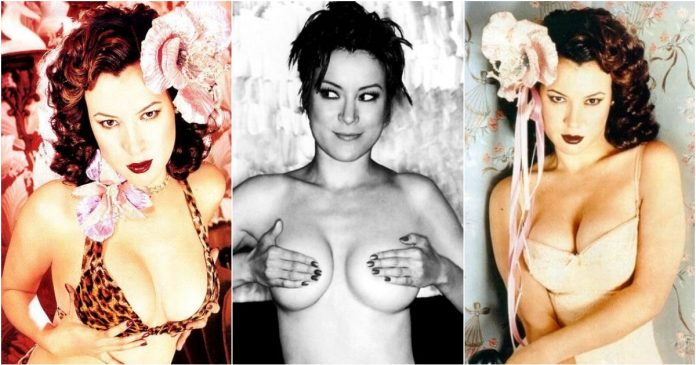 49 Hottest Jennifer Tilly Boobs pictures Are A Genuine Masterpiece