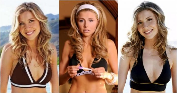 49 Hottest Sarah Chalke Boobs pictures Are Embodiment Of Hotness