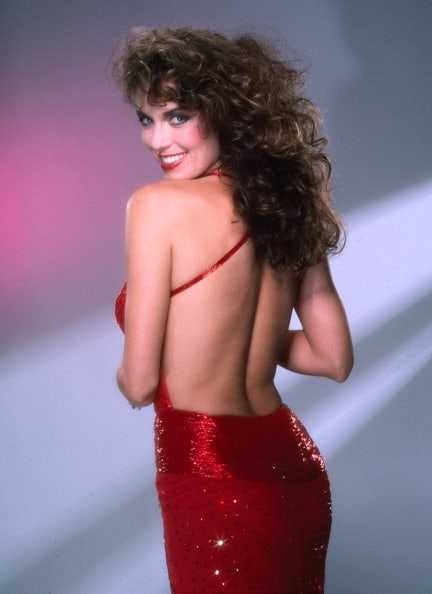 Catherine Bach hot (1)