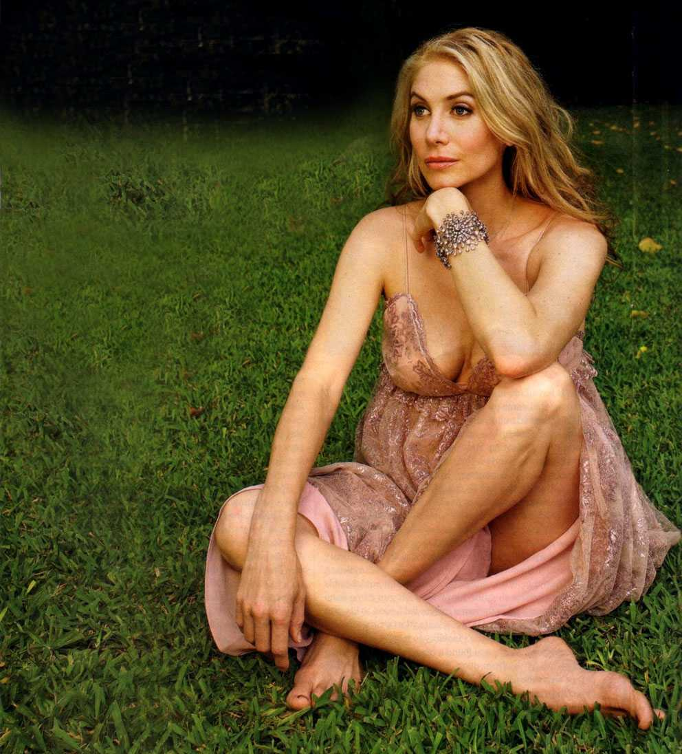 49 Hottest Elizabeth Mitchell Bikini Pictures Will Leave You