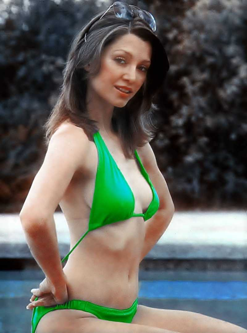 49 Sexy Pictures of Victoria Principal Which Will Make You Slobber For Her | Best Of Comic Books