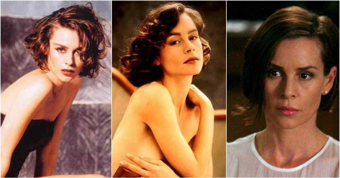 30 Hot Pictures of Embeth Davidtz Will Make Your Pray Her like Goddess