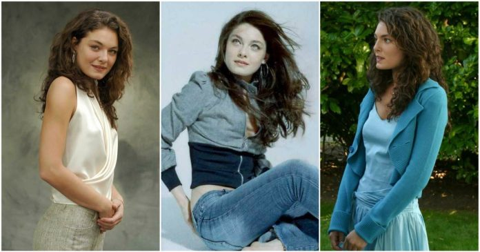49 Hottest Alexa Davalos Big Butt Pictures Which Will Make You Slobber For Her