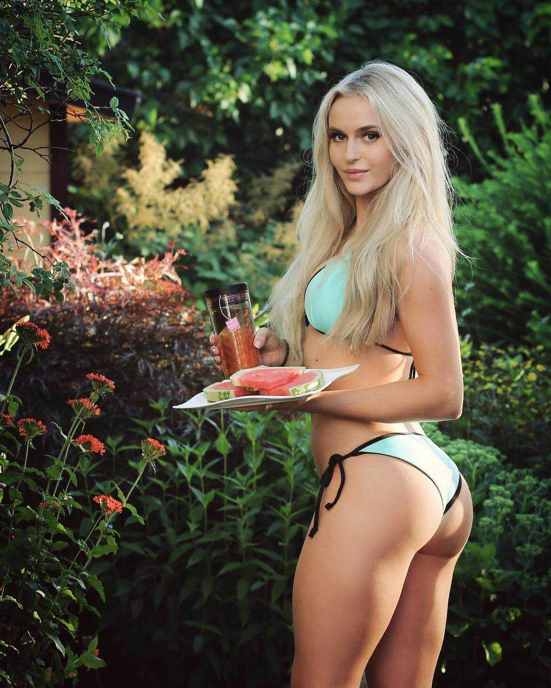 37 Nude Pictrures Of Anna Nystrom That Are Essentially