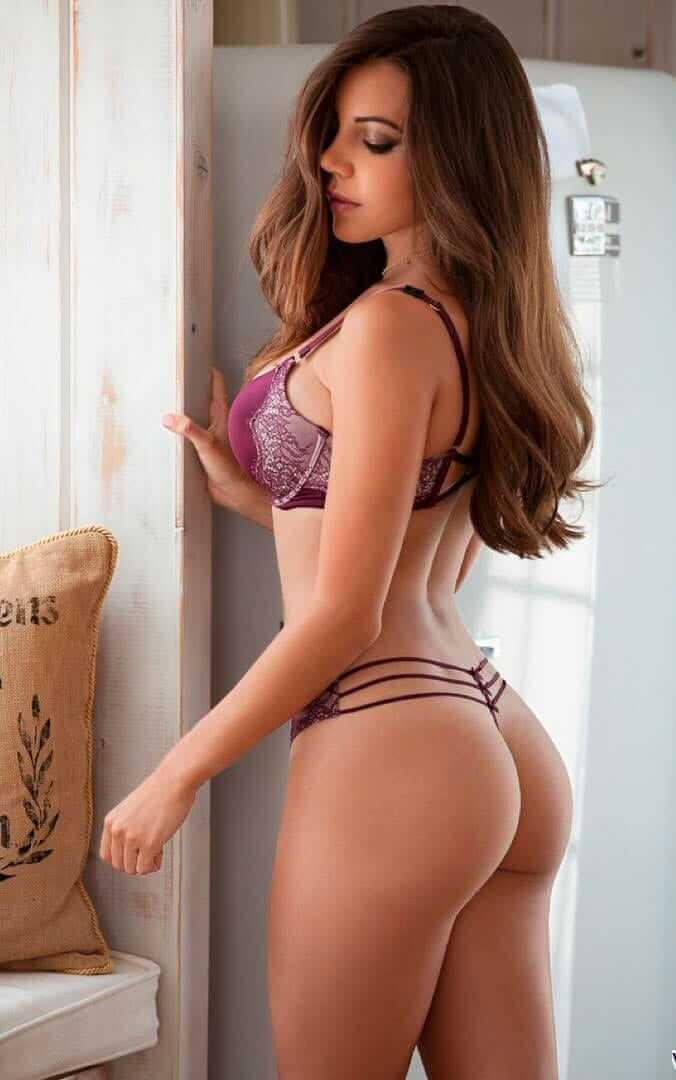 Shelby-Chesnes-sexy-butt-pic