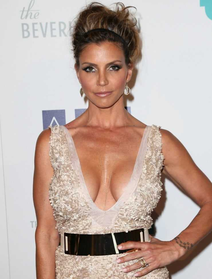49 Nude Pictures Of Charisma Carpenter That Are Basically