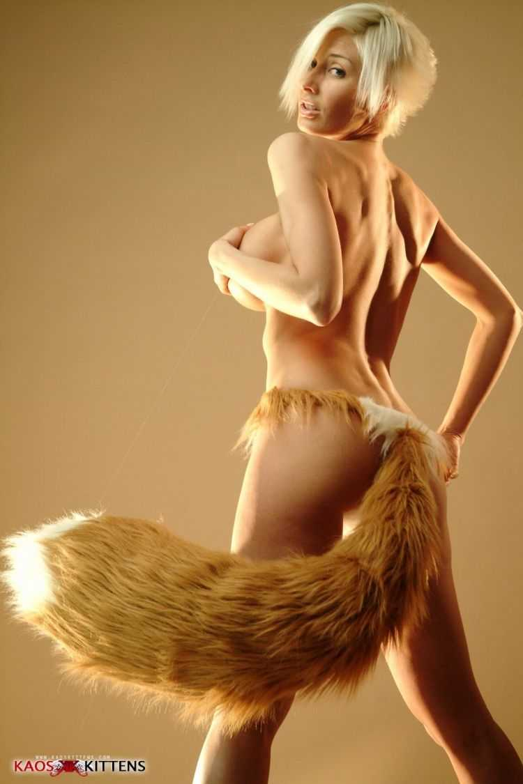 Squirrel Girl topless