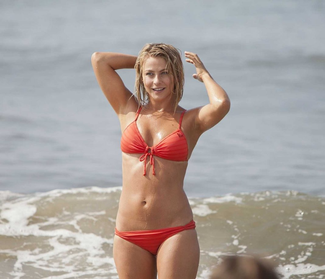 Julianne Hough bikini pictures