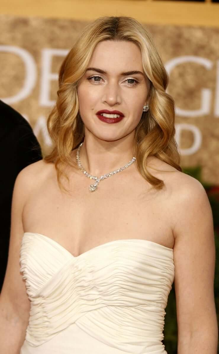 Kate Winslet topless pics