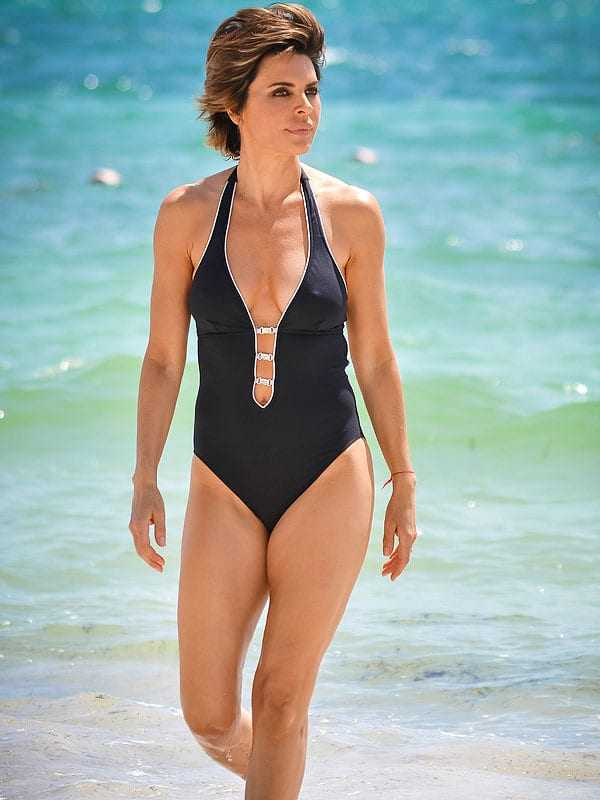 51 Lisa Rinna Nude Pictures Are An Apex Of Magnificence
