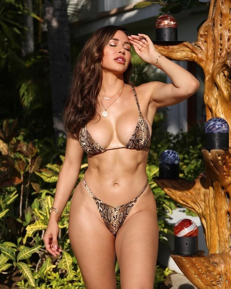 60+ Hot Pictures Of Ana Cheri Will Cause You To Ache For Her ...