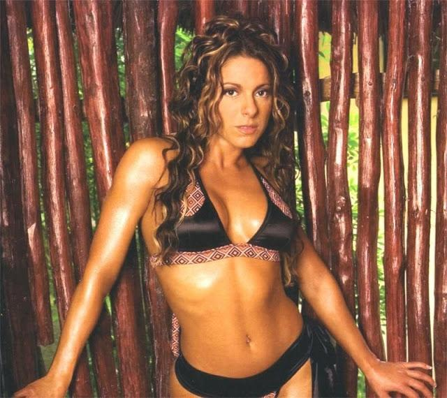 dawn marie sexy cleavage