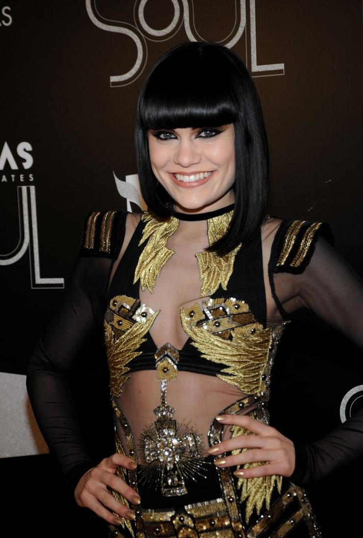 Jessie J Misses The Point On Leaked Nudes As A Third Wave
