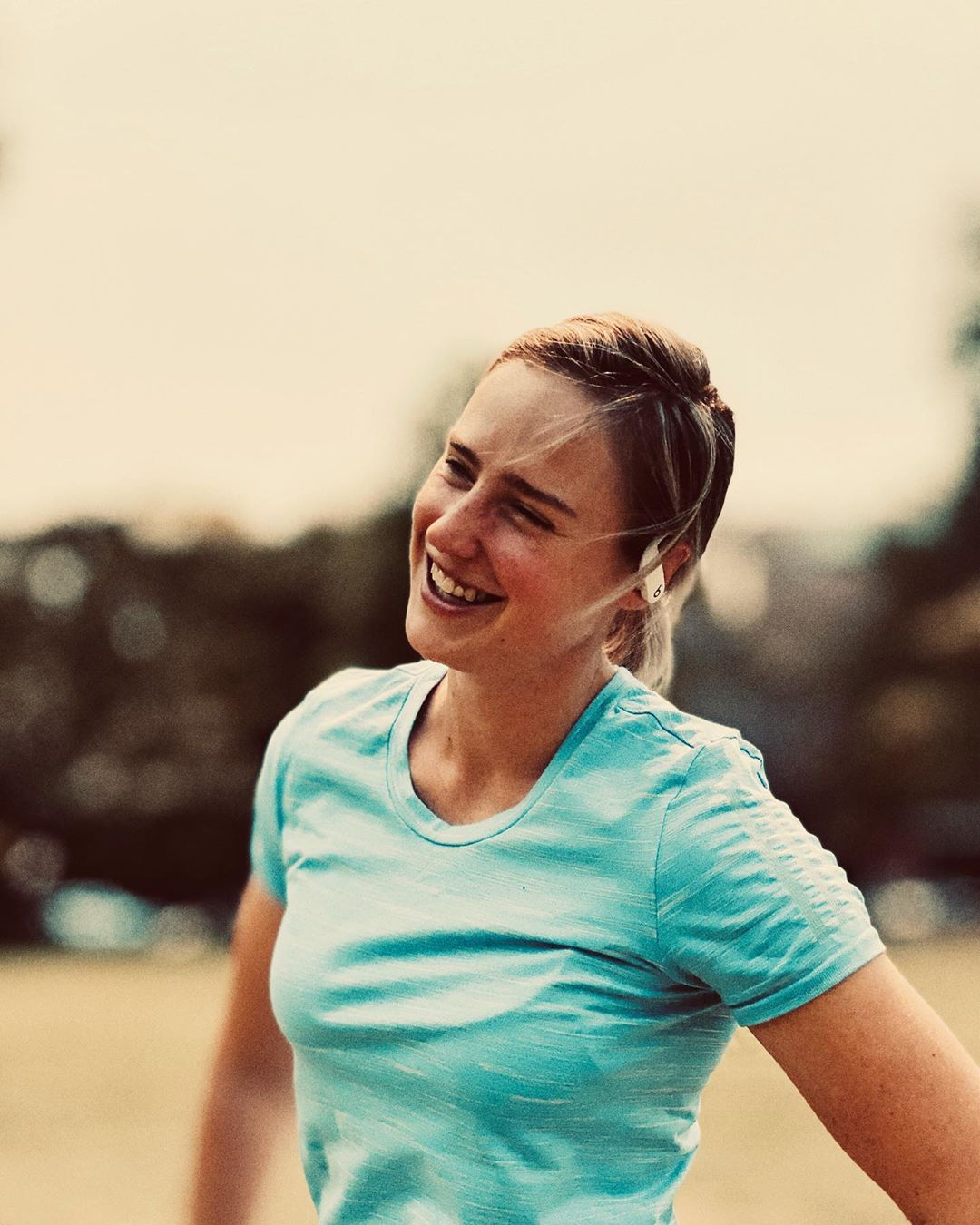 ellyse perry cute smile