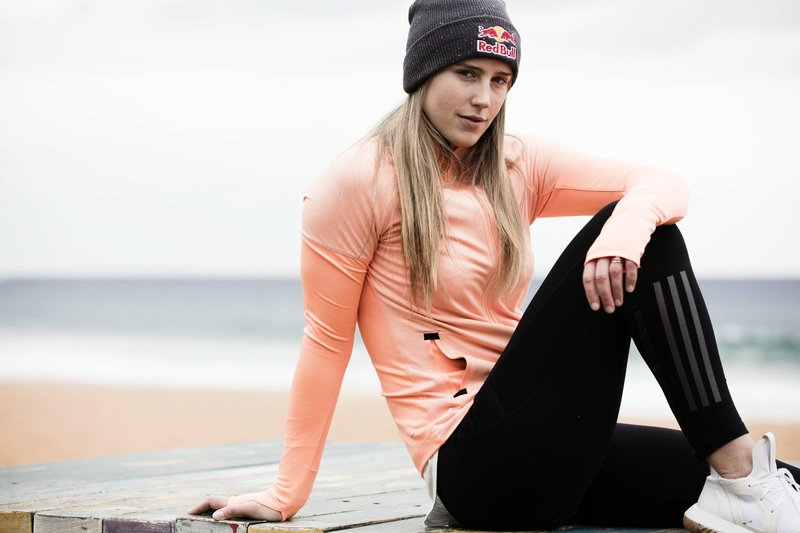 ellyse perry outdoor