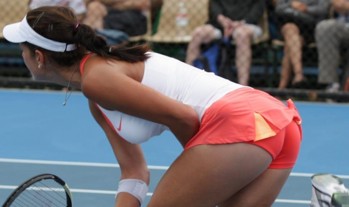 julia goerges massive butt