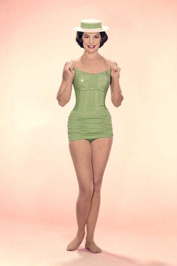 Cyd Charisse cleavages pics