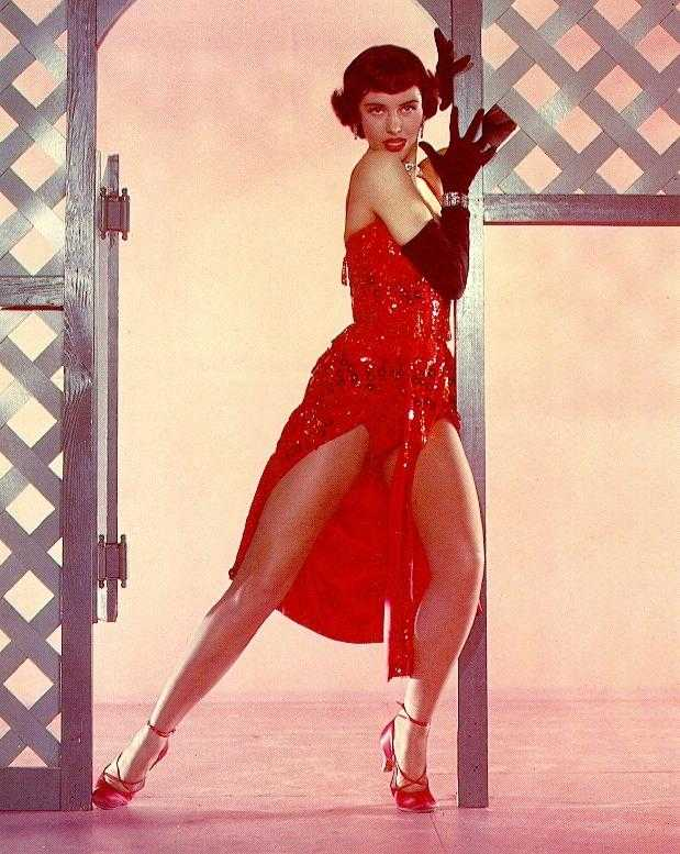 Cyd Charisse sexy look