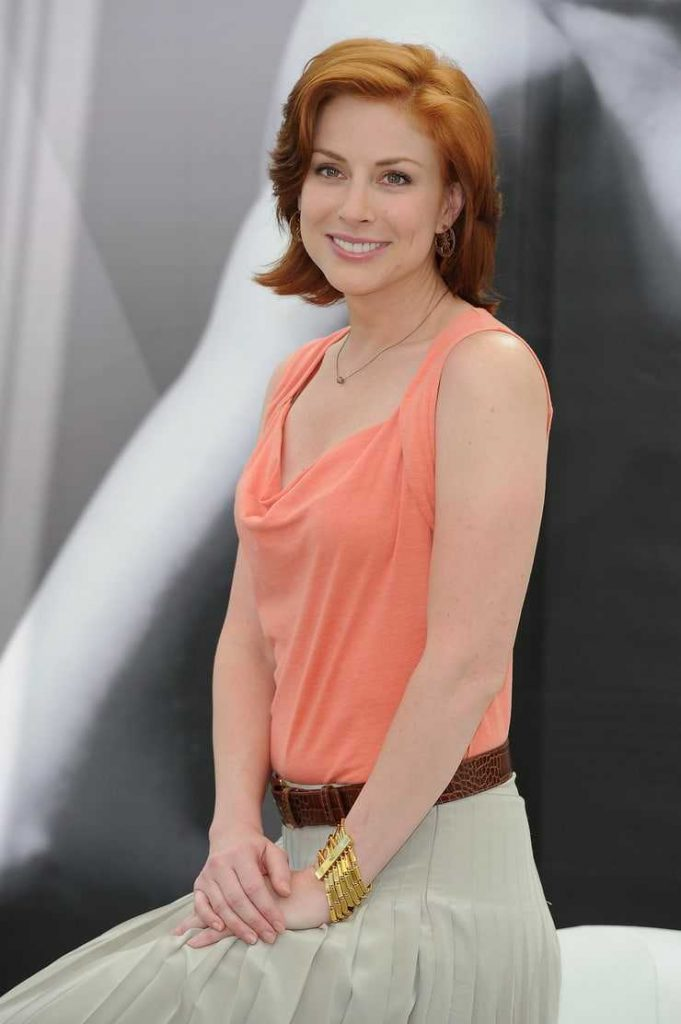 Diane Neal sexy look