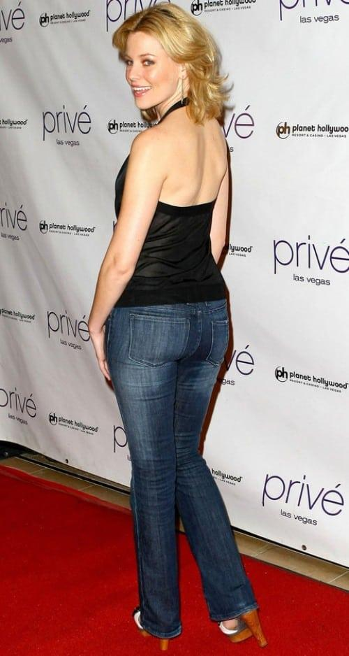Elizabeth Banks sexy side butt pics