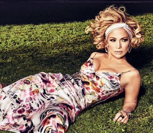 Fans are Loving Jennifer Lopez's sexy curves as she poses for Guess Spring Collection