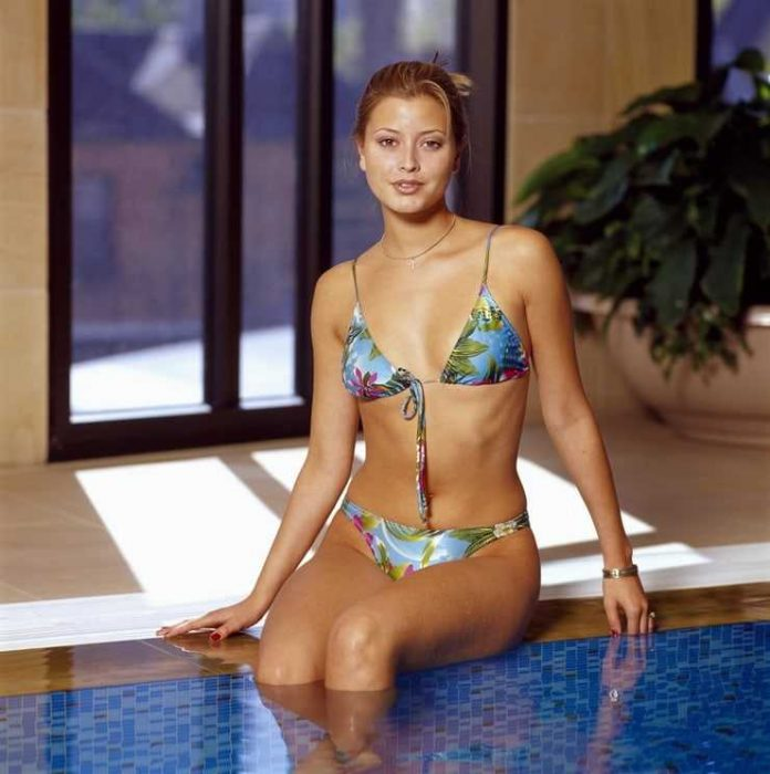 Holly Valance lingerie pics