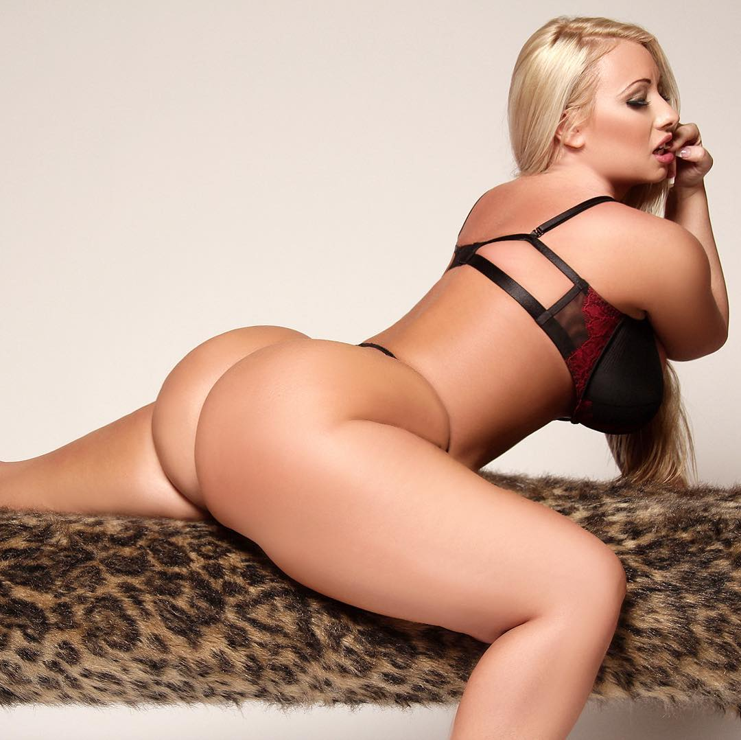 Jenna Shea booty pictures