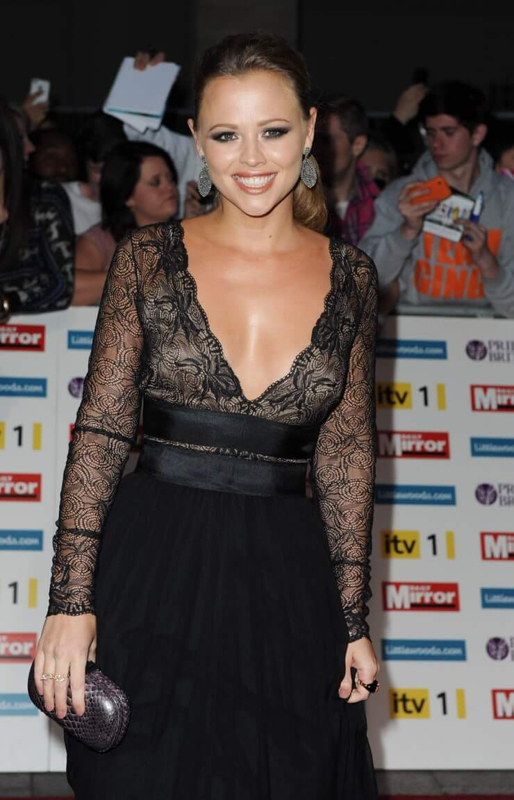 Kimberley Walsh sexy cleavage pics
