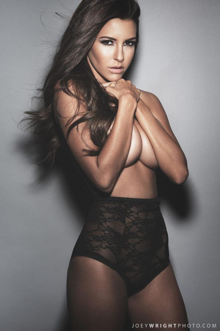 Shelby Chesnes sexy pic